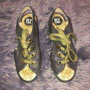 Fly London Lace Wedge Size 40